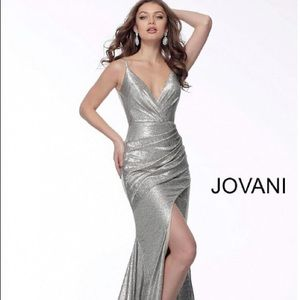 JOVANI (New With Tags) - Size 12